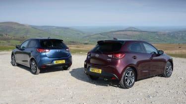 Mazda 2 - refresh header rear