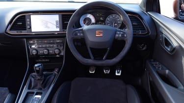 SEAT Leon Cupra R - dash