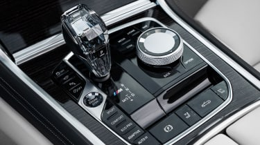 BMW 8 Series Convertible - centre console