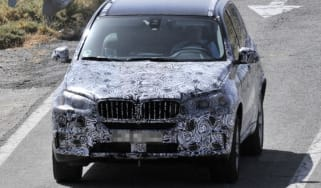 BMW X5 front action