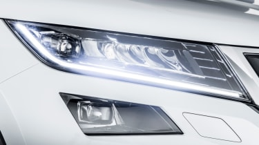 Skoda Kodiaq SUV 2016 - white headlight