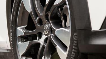 Vauxhall Insignia Country Tourer - wheel
