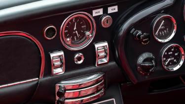 Electric Aston Martin DB6 Mk2 Volante - centre console