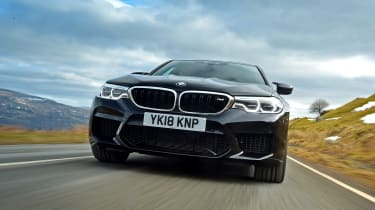 BMW M5 - front action