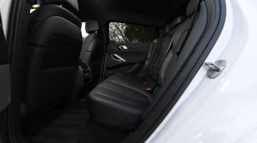 BMW X6 twin test - back seats
