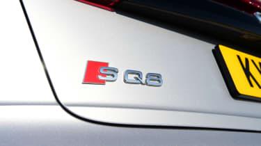 Audi SQ8 - badge