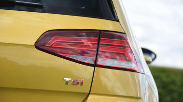 Volkswagen Golf - taillight