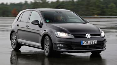 Volkswagen Golf MHEV - front