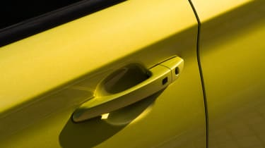 Hyundai Kona Premium SE 2017 - door handle