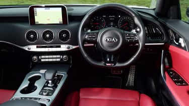 Kia Stinger long-term test: first report - dash