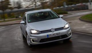 Volkswagen Golf Plug-in hybrid 2014 front action