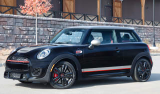 MINI John Cooper Works Knights Edition - front 3/4