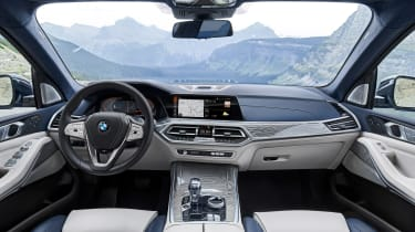 BMW X7 spy shot - interior