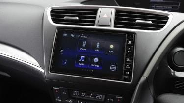 Honda Civic Sport 1.4 - screen