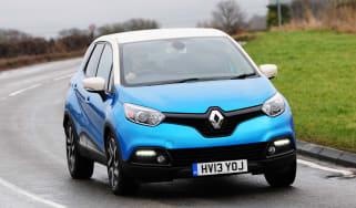 Renault Captur automatic 2014 action