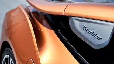 BMW i8 Roadster - aero