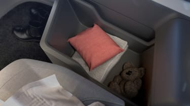 Volvo 360c concept - cushion
