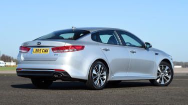 Kia Optima - rear static