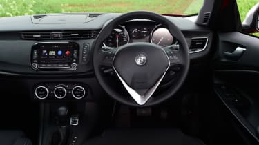 Alfa Romeo Giulietta 2016 facelifted - interior
