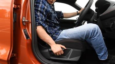 SEAT Arona - seat
