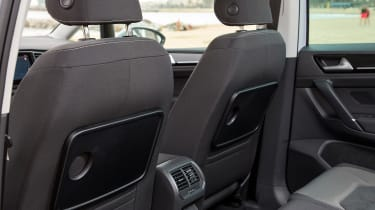 VW Golf SV - tray tables
