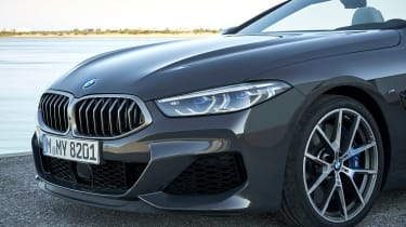 BMW 8 Series Convertible - grille