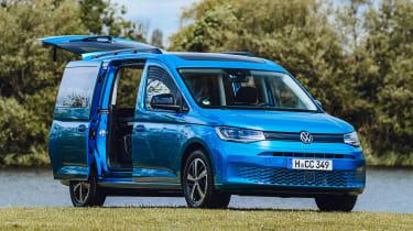 Volkswagen Caddy California MPV - open