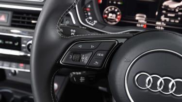 Audi S4 - steering wheel