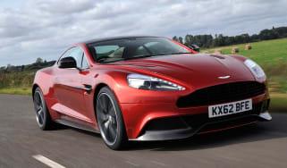 Aston Martin Vanquish front tracking