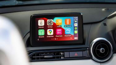 Mazda MX-5 Sport Venture - infotainment