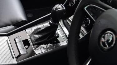 Skoda Superb Estate gear lever
