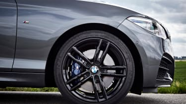 BMW M240i Coupe facelift review - wheel