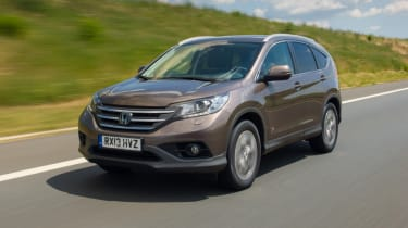 Honda CR-V 1.6D front tracking
