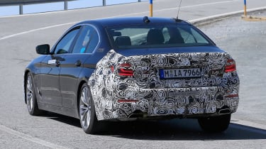 BMW 5 Series facelift - spyshot 14