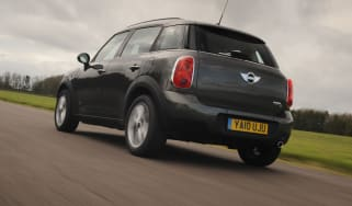MINI Countryman Cooper D All4 rear tracking