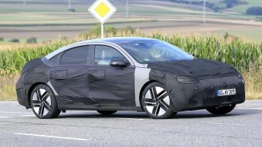 Hyundai Ioniq 6 - spyshot 10