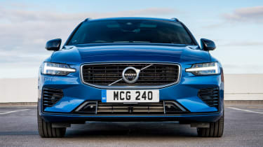 Volvo V60 T8 Twin Engine - full front