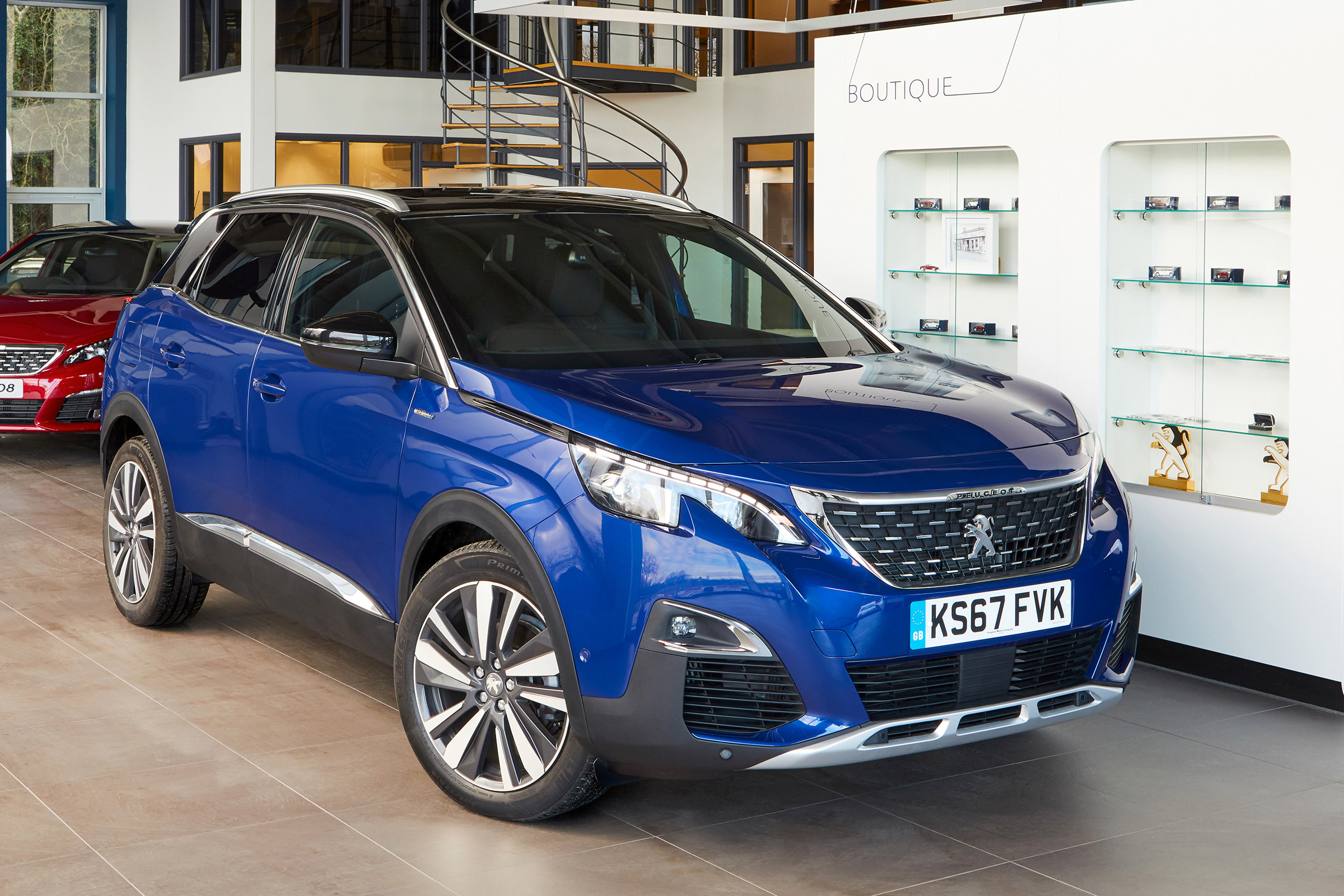 New Peugeot 3008 And 5008 Gt Line Premium Trim Launched Auto Express