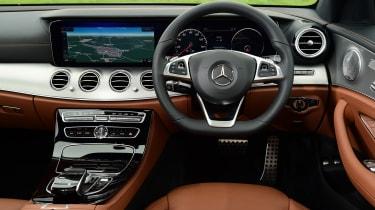 Mercedes E 200d AMG Line - dash