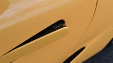 Lexus LC - door handle