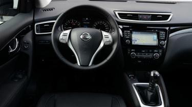 Nissan Qashqai Tekna 2014 interior