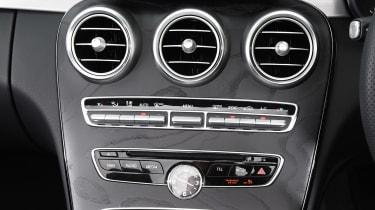 Mercedes C-Class Cabriolet - centre console
