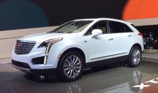 Cadillac XT5 front