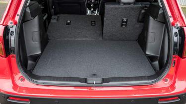 Suzuki Vitara S - boot seats down