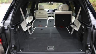 BMW X7 - boot