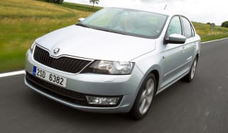 Skoda Rapid front tracking