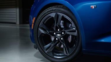 Chevrolet Camaro SS - wheel