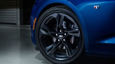 Chevrolet Camaro SS - wheel