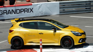 Renault Clio RenaultSport R.S.16 official - Monaco tracking 3
