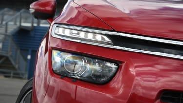 Citroen Grand C4 Picasso headlight